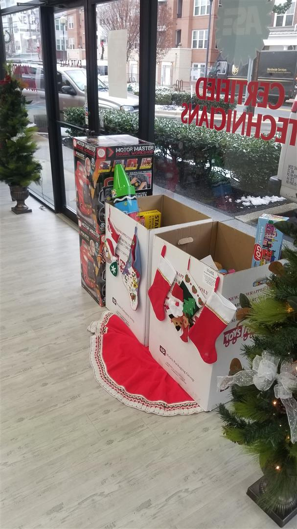 Toys for Tots at Winkler Automotive!